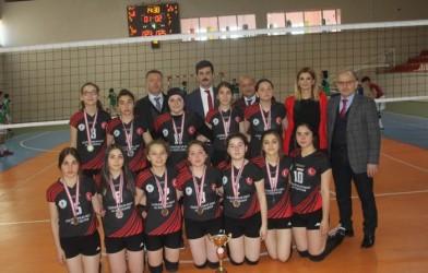 Genç Kızlar Voleybol Turnuvası Sona Erdi