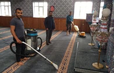 CAMİLER RAMAZANA HAZIRLANDI
